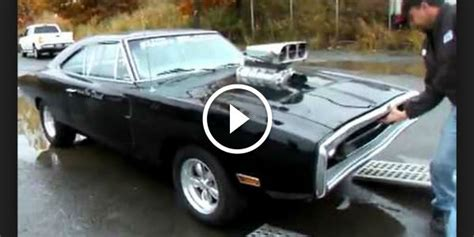 Dominic Toretto 1970 Dodge CHARGER in Real Life! - Muscle